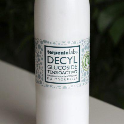 Jemný přírodní tenzid decyl glucoside do domácí kosmetiky