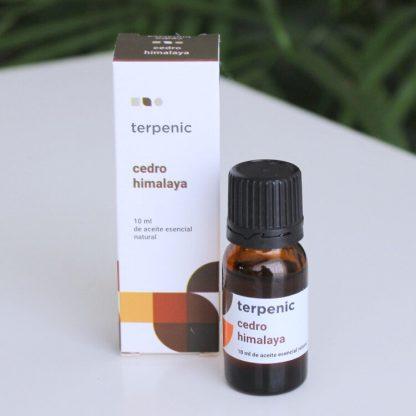Esenciální olej cedr himalájský