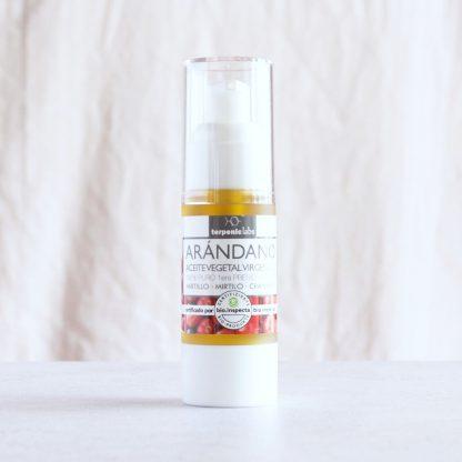 Panenský BIO certifikovaný olej z brusinky pro vnitřní i kosmetické užití