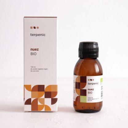 BIO olej z vlašských ořechů za studena lisovaný panenský vnitřní kosmetické užití